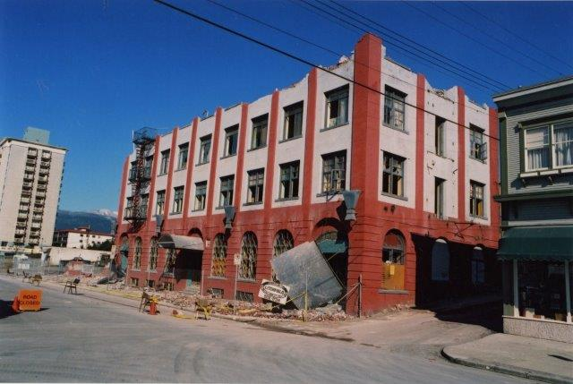 6-st-alice-hotel-demolition-1989-nvma